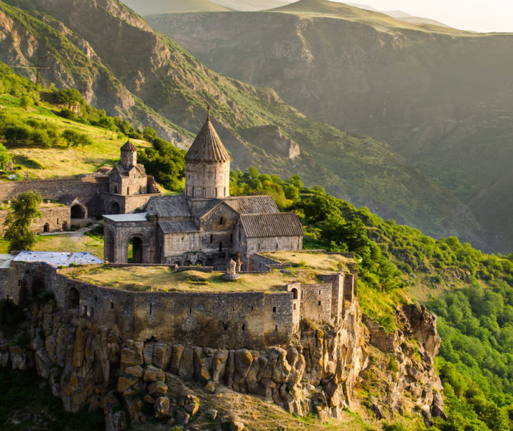 Durch die armenische Schweiz bis in den wilden Kaukasus